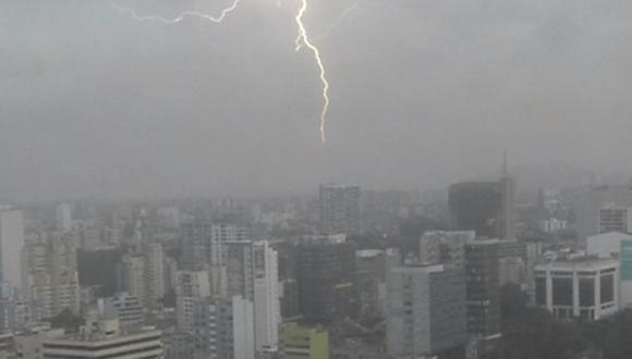 En Lima se registraron truenos y relámpagos desde diferentes distritos de la ciudad. (Foto: Difusión)