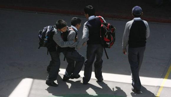 VÍCTIMAS. Estudiantes son agredidos física y psicológicamente. (Heiner Aparicio)