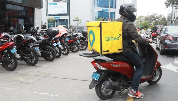 El titular de Produce explicó que los locales que expenden alimentos, como los restaurantes, podrán seguir ofreciendo sus servicios mediante el modo delivery.