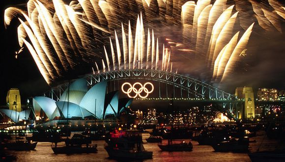 Los anillos para los Juegos Olímpicos de 2000 estaban desmontados y en desuso  (Corbi Images)