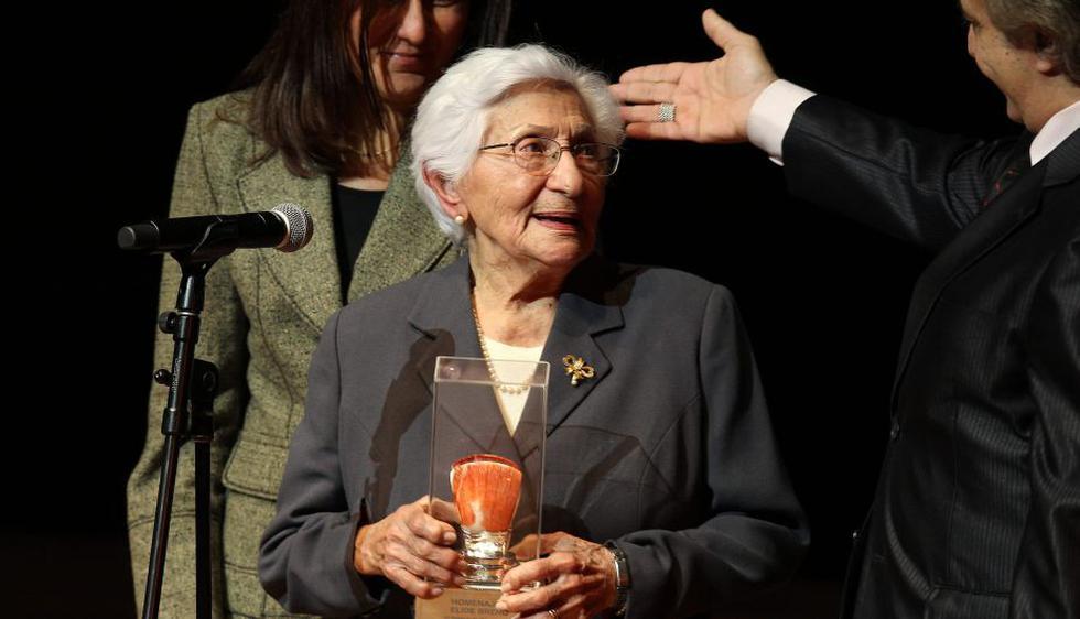Se rindió un emotivo homenaje a la veterana actriz nacional Élide Brero por su vasta trayectoria. (EFE)
