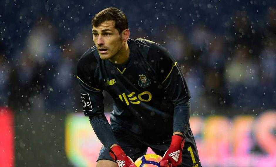 Iker Casillas fue dado de bajo por el Porto para terminar esta temporada. (Foto: AFP)