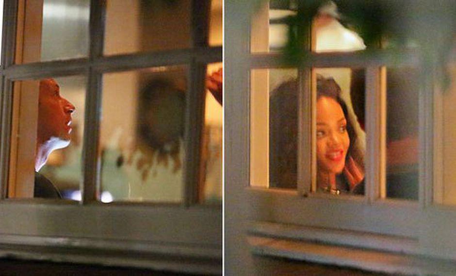 Chris Martin y Rihanna fueron vistos cenando juntos en Los Angeles el último fin de semana. (dailymail.co.uk)