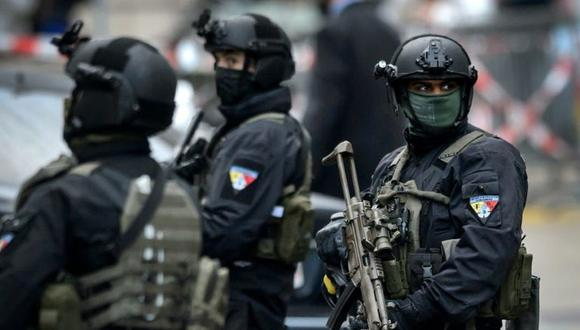 Un centenar de agentes fueron desplegados para buscar a los sospechosos. (Foto referencial: AFP)