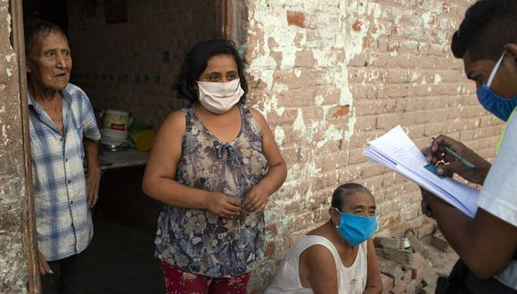 Los Carritos pagadores llevarán el bono de 760 soles a quienes viven en las localidades más alejadas del país (Foto: AFP)