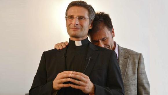 """Krzysztof Charamsa: """"La Iglesia Católica continua enseñando que los homosexuales no tienen capacidad de amar"""". (Andina)"""
