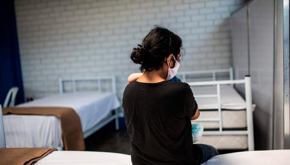 """Respecto al trabajo doméstico, que supone entre el 10,5 % y el 14,3 % de los empleos de mujeres en la región, """"más del 70 % estuvieron afectadas por las medidas de cuarentena, sus ingresos disminuyeron o desaparecieron"""", dice la ONU. (Foto referencial EFE)"""
