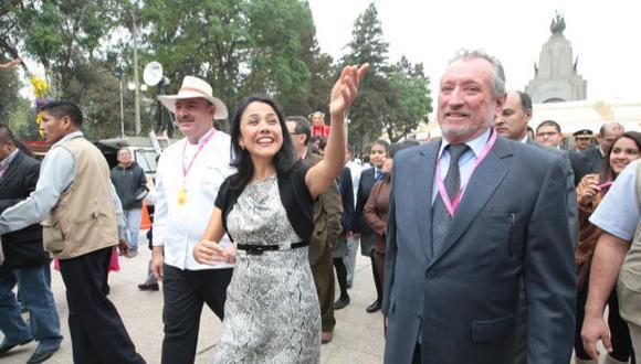 CEREMONIA. La primera dama dio el discurso inaugural. Ningún ministro subió al estrado. (Martín Pauca)