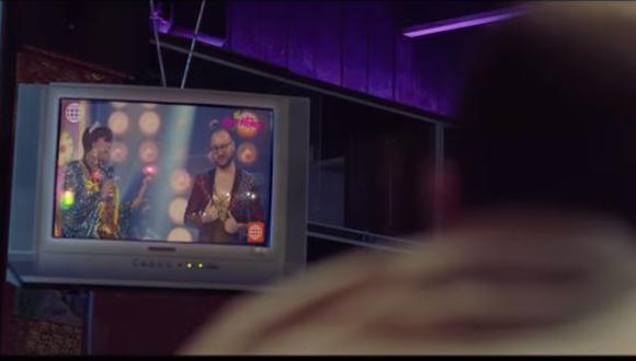 """Jely Reátegui y la """"Chola Chabuca"""" protagonizan nuevo videoclip de """"Kanaku y el Tigre"""". (Foto: captura de video)"""