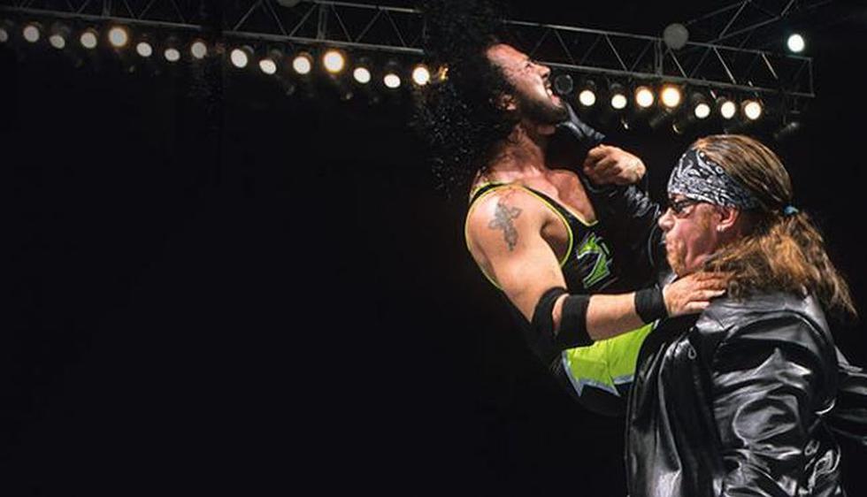 1) The Rock Vs. Triple H (2000). The Undertaker ayudó involuntariamente a Triple H en Judgment Day 2000. (Fuente: wwe.com)