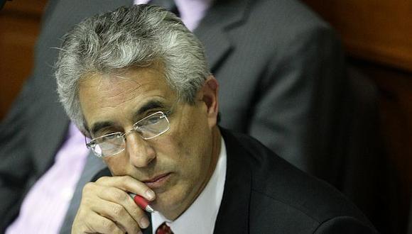 Fernando Andrade dice que Susana Villarán sigue trabajando con un Concejo que perdió en las elecciones. (Alberto Orbegoso)