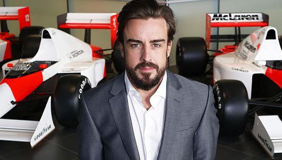 Fernando Alonso sería la primera alternativa de Mercedes para reemplazar a Lewis Hamilton. (EFE)