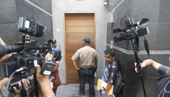 Allanamiento a la casa de Susana Villarán inició sobre las 10 de la mañana. (Mario Zapata)