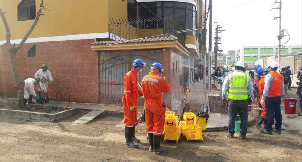 Sedapal inicia los trabajos de desinfección en las viviendas afectadas en San Juan de Lurigancho
