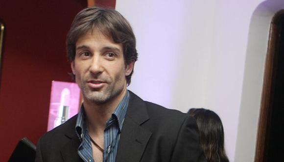 Aclaró que no ha iniciado ningún romance con la argentina Constanza Álvarez, con quien se le ampayó. (A. Orbegoso)