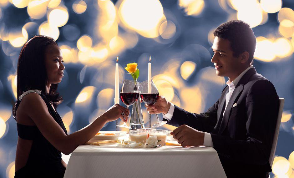 No hay nada más romántico que cenar a la luz de las velas con el amor de tu vida. (Foto: Takeachef)