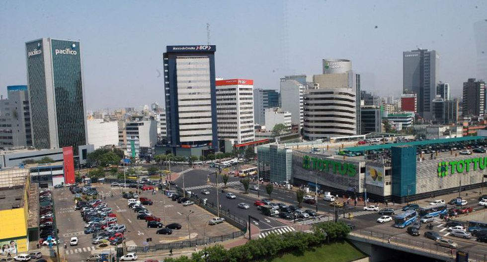 La economía mundial crecería 3.3% en 2021 si se controla la epidemia a fines de marzo. (Foto: Andina)