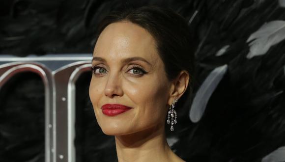 Angelina Jolie hace una donación sorpresa a un puesto de limonada de dos niños. (Foto: AFP/Isabel Infantes)