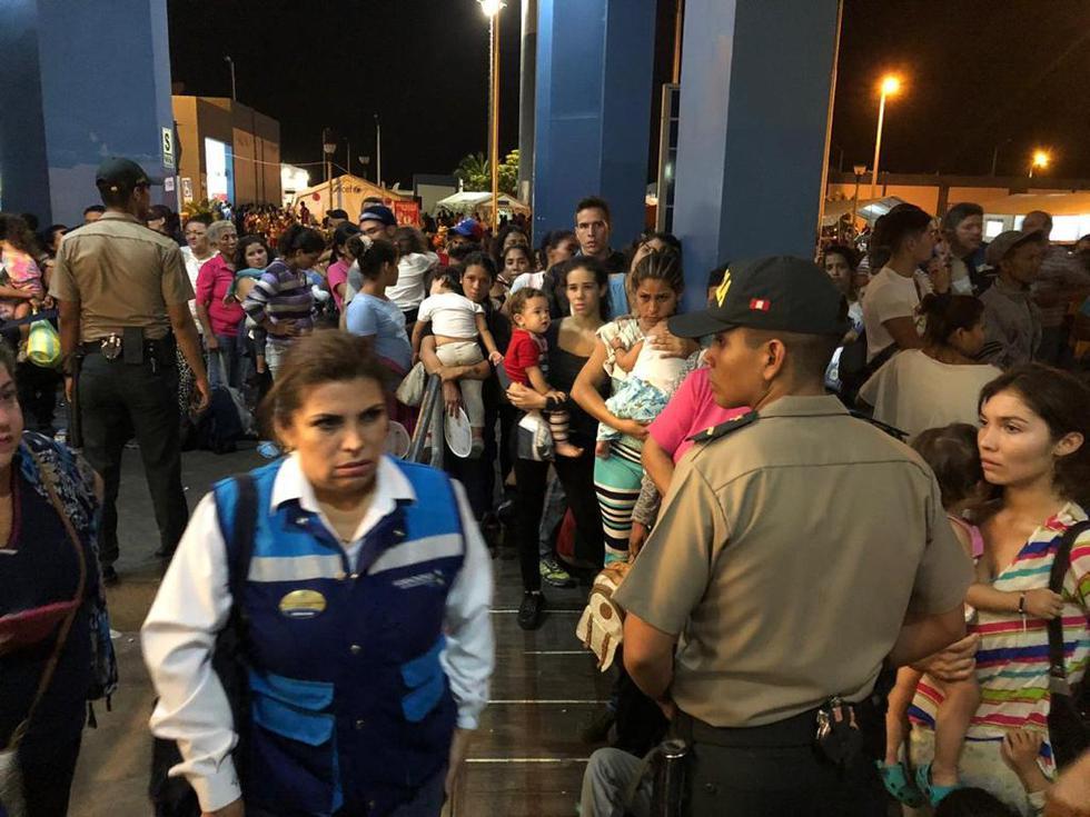 Miles de venezolanos llegaron a la frontera antes de que venciera el plazo. (Perú21)