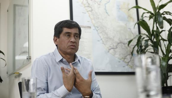 Ministro de Transportes y Comunicaciones, Carlos Lozada, indica que subsidio para el Metropolitano y Corredores Complementarios se darán a través de otra norma.  (Foto: Leandro Britto)