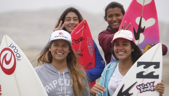 Chicas poderosas. Abajo: Melanie Giunta y Leilani Aguirre. Arriba: Daniela Rosas y Miluska Tello.  Ellas sacan cara por el Perú