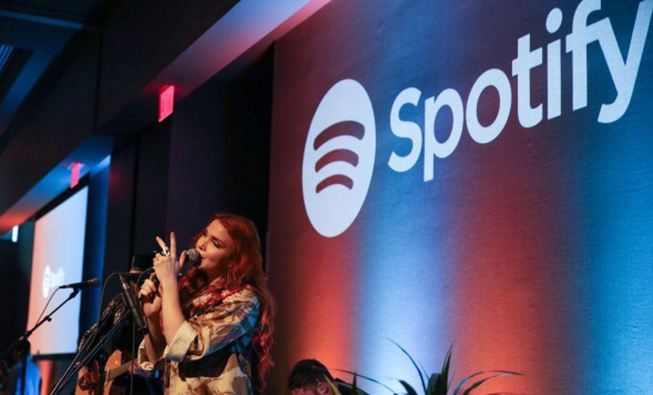 Spotify también señaló que el total de usuarios activos mensuales, incluidas cuentas gratuitas, creció un 26%, hasta los 217 millones, en comparación con el mismo trimestre en 2018. (Foto: AFP)
