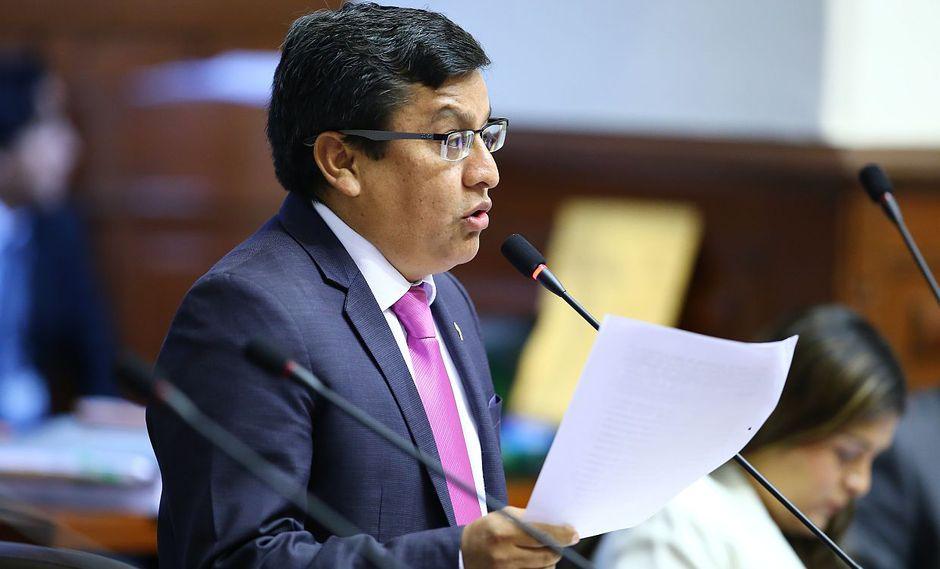 El vocero de Alianza Para el Progreso, César Vásquez, descartó que se esté blindando a su colega de bancada. (Foto: Congreso de la República)