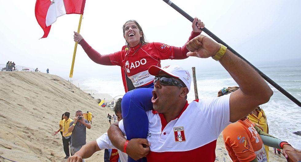 Reina de las olas. Brissa Málaga alcanzó la gloria en Sup surf, en Punta Rocas. (Difusión)