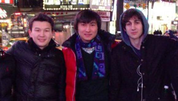 ACUSADOS. Los jóvenes, también de 19 años, se reunieron con Tsarnaev días después de los ataques. (Reuters)