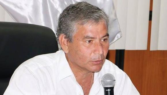 Cinco de ocho los consejeros regionales votaron en contra de suspensión de Reynaldo Hilbck.