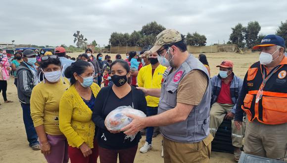 Familias damnificadas por el sismo del pasado 30 de julio en la región Piura recibieron ayuda de parte del grupo empresarial Hombro a Hombro. (Foto: Hombro a Hombro)