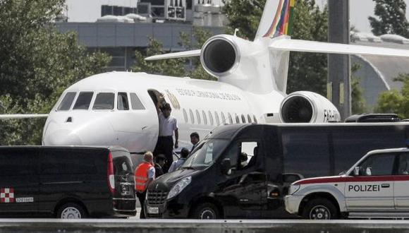 Evo Morales no aceptó que revisaran su aeronave en Viena y dijo que él era incapaz de cometer un acto delictivo. (AFP)