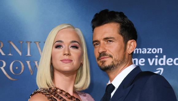Orlando Bloom y Katy Perry revelando el sexo de su bebé. (Foto: AFP)