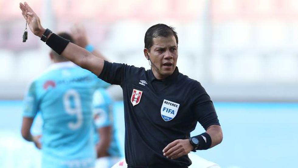 Víctor Hugo Carrillo es uno de los tres elegidos para viajar a la Copa América Centenario. (USI)