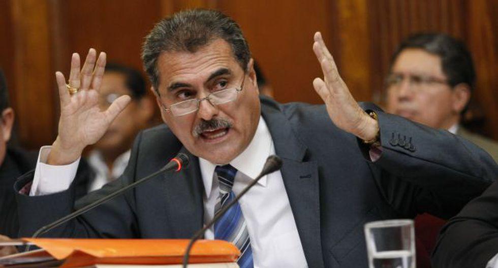 Julio Gagó: Exempleados ratifican denuncia contra legislador. (USI)