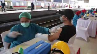 Coronavirus en Indonesia: Continúa su campaña de vacunación