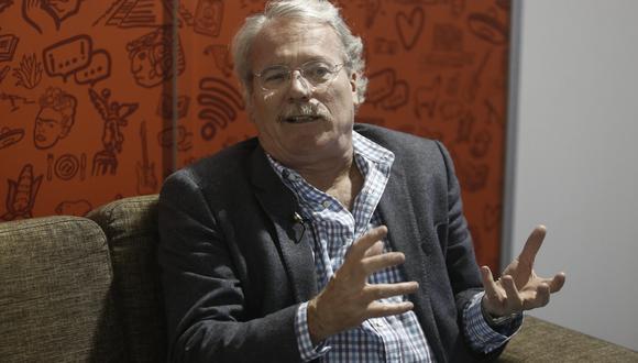 Alberto Barrera Tyszka también estuvo en la Feria Internacional del Libro de Lima. (Geraldo Caso)