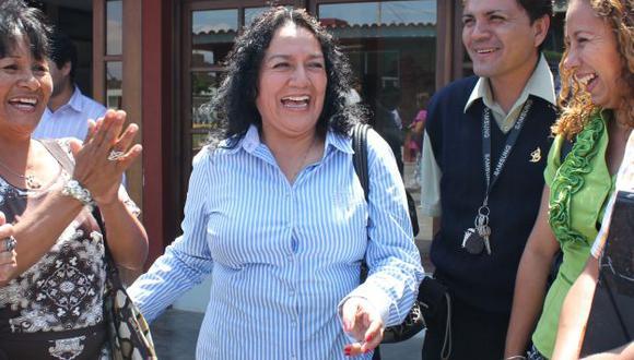 María Acuña busca beneficios. (Fabiola Valle)