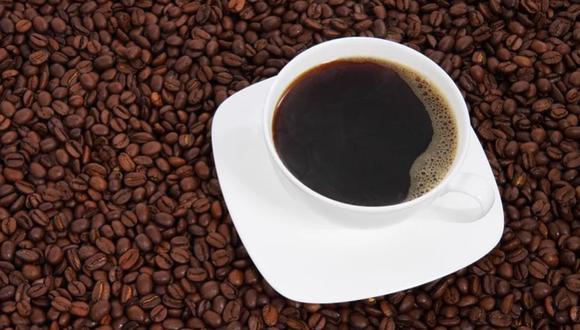 Una taza de café caliente siempre viene bien, sobre todo en las épocas de invierno     Foto: Pixabay / Referencial (PublicDomainPictures)