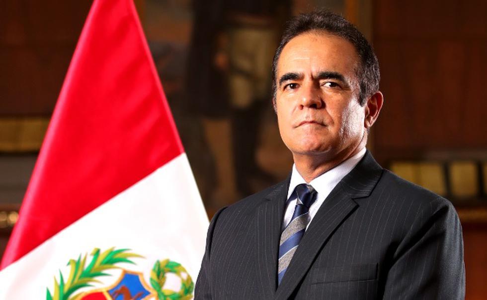 Gastón Rodríguez jura como nuevo ministro del Interior tras renuncia de Carlos Morán.