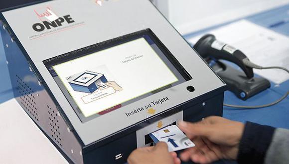 La ONPE aplicará el sistema de Voto Electrónico en 39 distritos del país este domingo 26 de enero. (Foto: GEC)