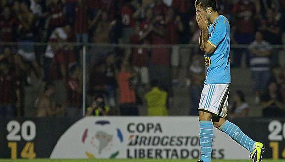 Así se fue Cristal. Dio ventaja y fue eliminado de la Libertadores.  (AFP)