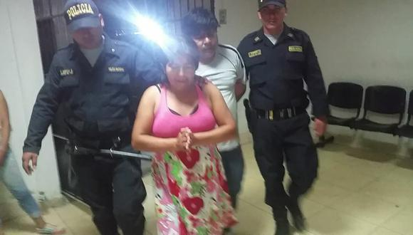 Pareja de esposos fue detenida anoche luego de que la madre de víctima interpusiera la denuncia. (Joel Larrea)