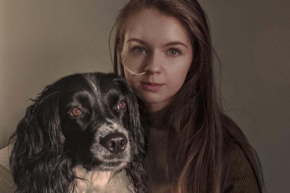 Foto 1 de 5 | El perro ha demostrado ser muy servicial con su propietaria. | Crédito: Ted the Assistance Dog en Facebook. (Desliza hacia la izquierda para ver más fotos)