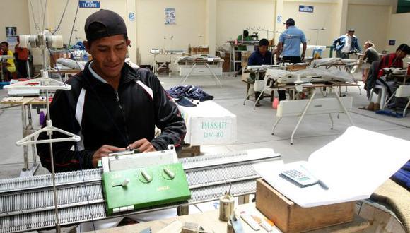 Los trabajadores de menos ingresos serán los más beneficiados con el Sistema de Pensiones Sociales. (USI)