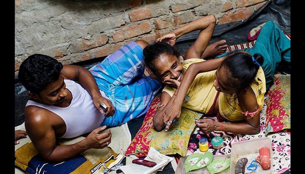 Ganga y Jamuna Mondal, unidas por la cadera y comparten el estómago, dicen haber encontrado al amor definitivo, luego de tener una vida de discriminación. (Dailymail.co.uk)
