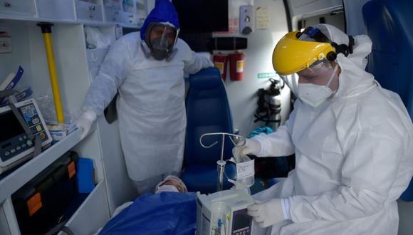 El fin de semana pasado, Bogotá estuvo confinada; sin embargo los contagios y muertes por COVID-19 han seguido aumentando. (Foto: AFP)