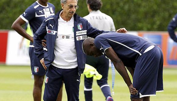 El cansancio muscular le pasó factura a Balotelli. (Reuters)