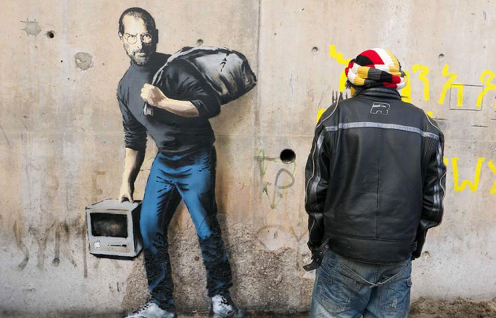 'The son of a migrant from Syria', así tituló Banksy a su mural sobre Jobs. (http://banksy.co.uk)