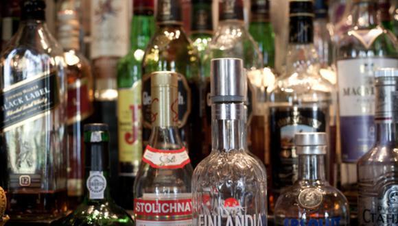 Según el MEF, en el terreno de las bebidas alcohólicas, esta ley generaría una distorsión. (Foto: GEC)